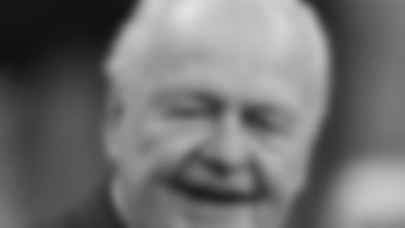 Roman Harper remembers Saints owner Tom Benson