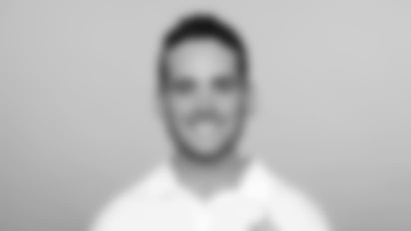 Headshot_Coaches-Petry_2560x1440_040418