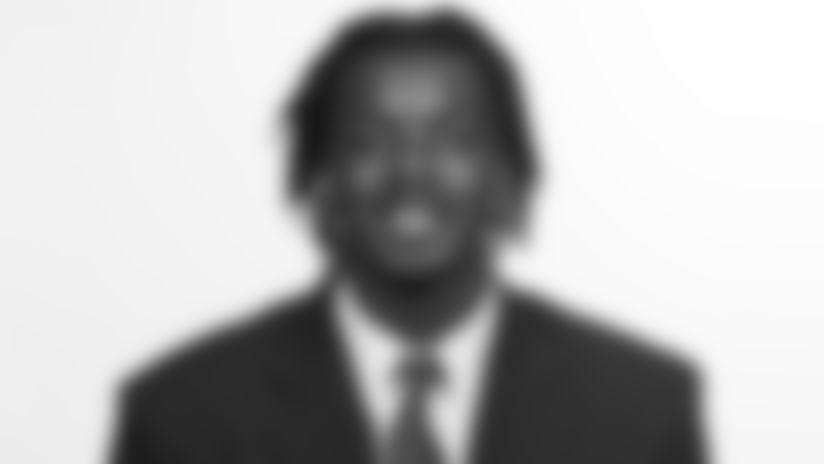 Headshot-Paulson-Adebo-2560-043021
