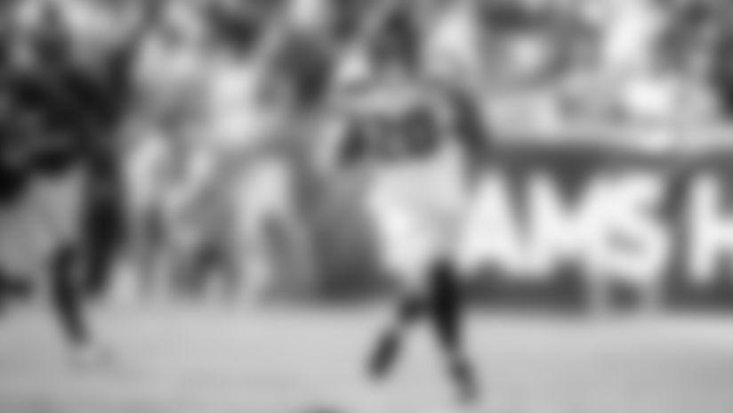 Monday Practice Report: Rashaad Penny, Neiko Thorpe On Track To Play In Week 5 vs Rams
