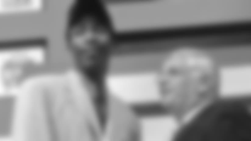 12 Flag Raiser - Jamal Crawford