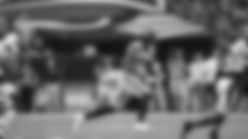 2019 Week 4: Jaron Brown 32-Yard Catch And Run