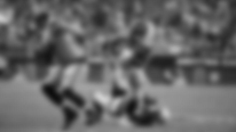 2019 Week 4: Chris Carson Physical 12-Yard Run