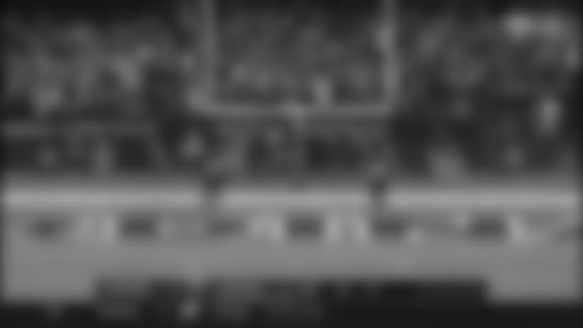 Sebastian Janikowski Kicks Game-Winning 52-Yard Field Goal
