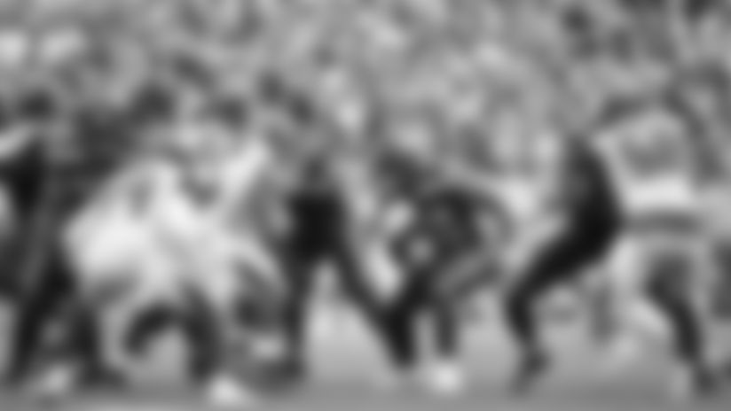 2019 Week 9: Chris Carson Explodes With 59-Yard Run