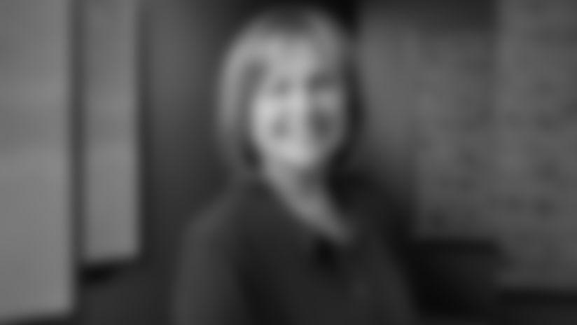 2019 Week 5: 12 Flag Raiser - Jody Allen