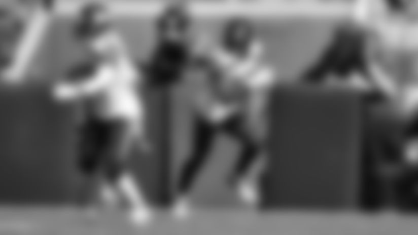 2019 Week 6: Tedric Thompson Dives For Interception