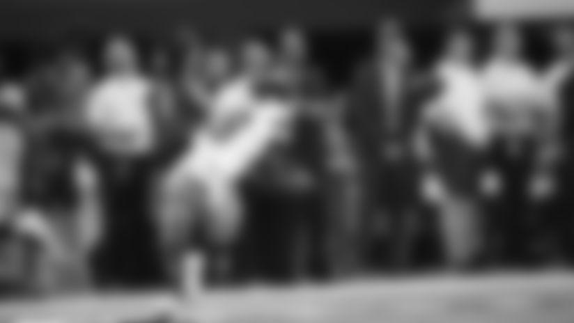 2019 Preseason Week 2: Russell Wilson Finds Jaron Brown For 33-Yard Third-Down Pickup