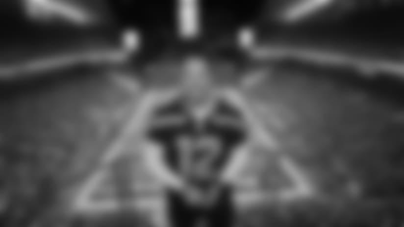 2017 Week 13: 12 Flag Raiser Chris Pratt