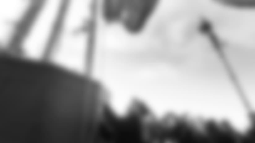 Seahawks Legend Dave Krieg Raises 12 Flag at Space Needle