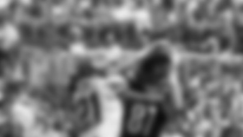 HIGHLIGHT: 26-yard TD pass to James