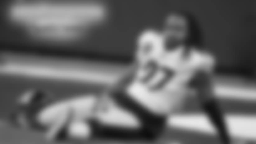Steelers release Wilcox