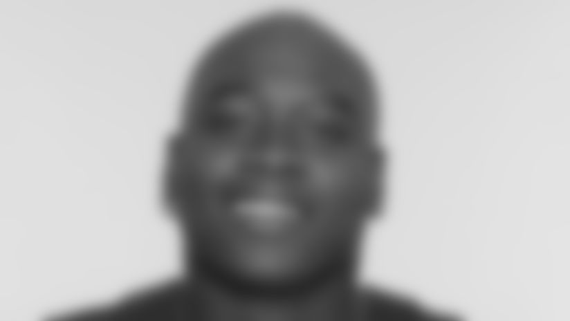 2019_0902_Photoshoot_Headshot_0002_LaremyTunsil
