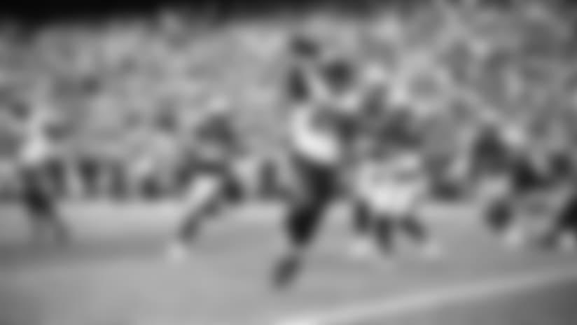 Alfred Blue scores on 1-yard TD run