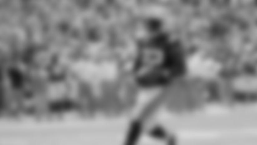 LSU running back Clyde Edwards-Helaire (22) scores a touchdown on a 9-yard run against Vanderbilt in the first half of an NCAA college football game Saturday, Sept. 21, 2019, in Nashville, Tenn. (AP Photo/Mark Humphrey)