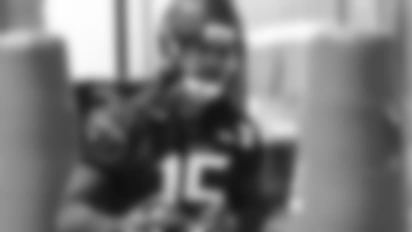 WR Will Fuller V, offense eye bigger things in '18