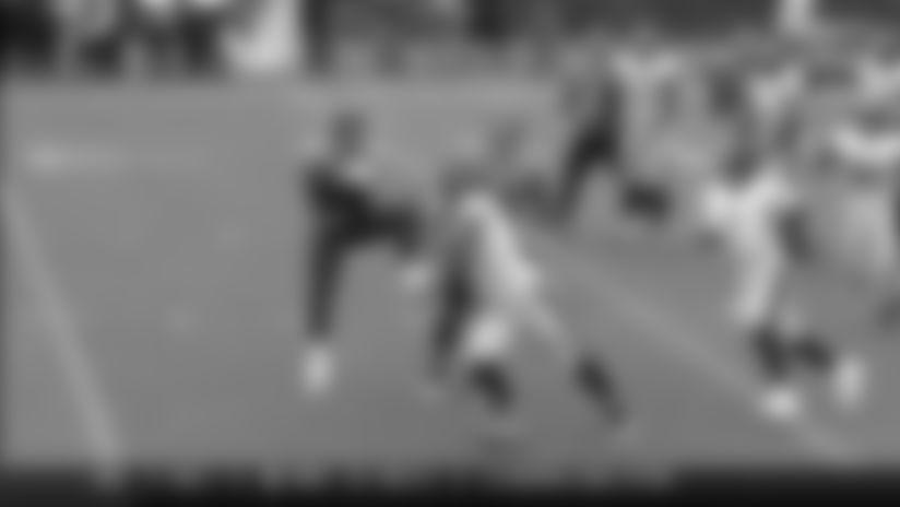 Jayon Brown intercepts the Ben Roethlisberger pass vs. Pittsburgh Steelers