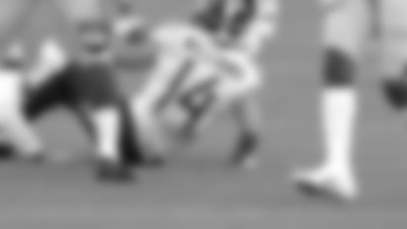 Nick Williams Hauls in 38-yard Pass
