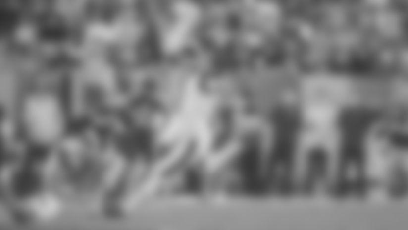 Legatron drills 53-yard FG to put Rams on the scoreboard