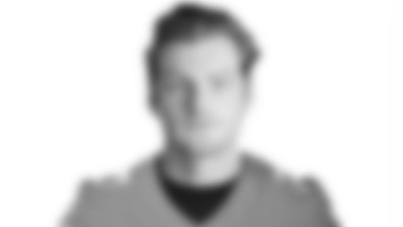 Photo: Headshot - Quarterback Reid Sinnett