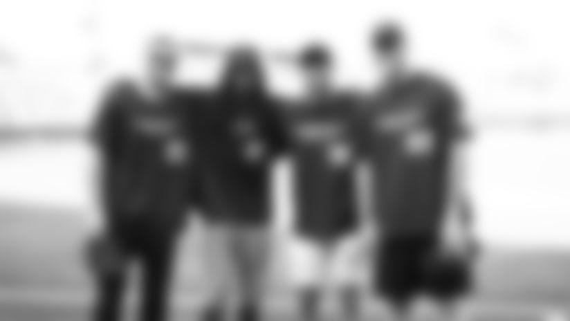 celebrity-softball-072319