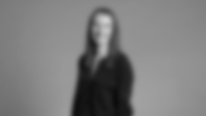 Skidmore-Ciara-2560