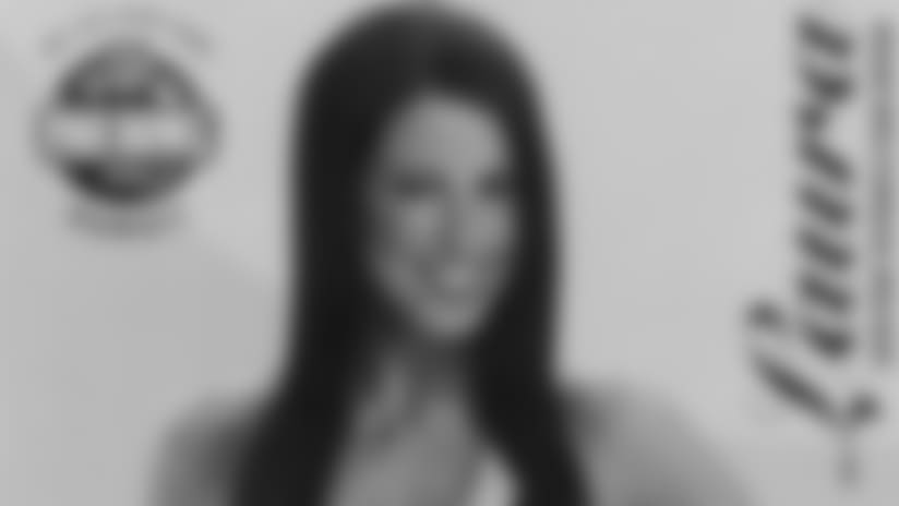 Laura_2008_PB