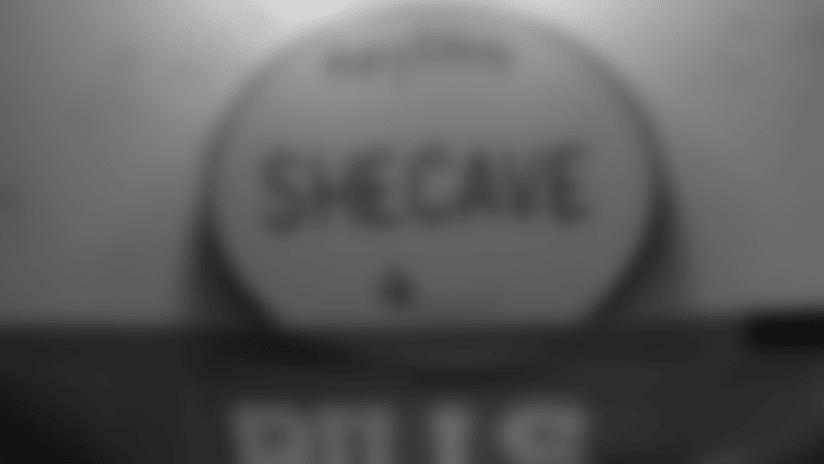 110718-stm-shecave