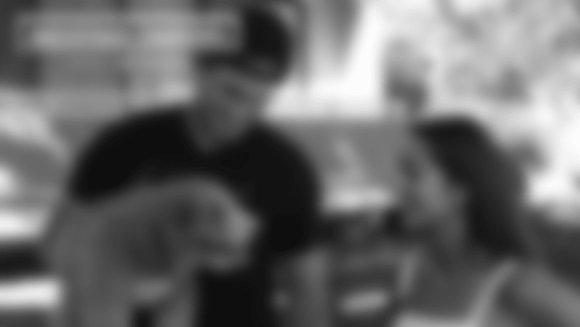 Backstage Chargers: Chapter 4 Sneak Peek - Meet the Henrys