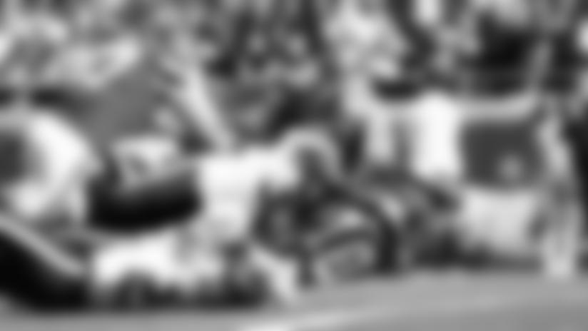 Patrick Mahomes Unleashes AIR RAID to Tyreek Hill for 46-yard Touchdown