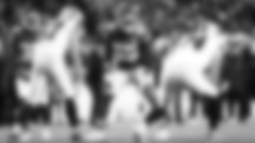 Frank Clark Bear-Hugs Josh Jacobs for 7-yard loss