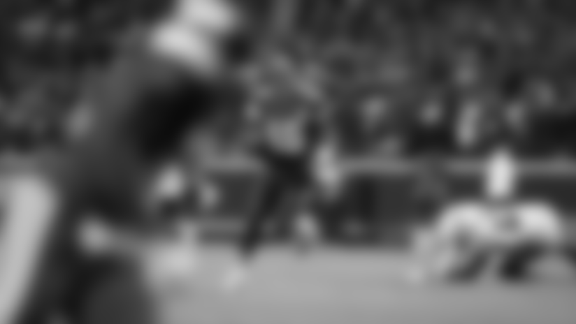 Patrick Mahomes Slings Crisp Pass to Byron Pringle for 28 Yards