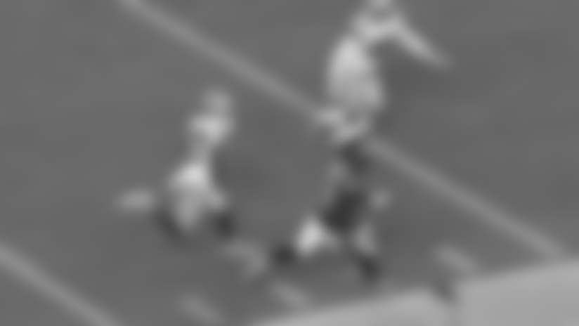 Highlight: Miles Sanders shows 4.4 speed on long tightroping catch and run