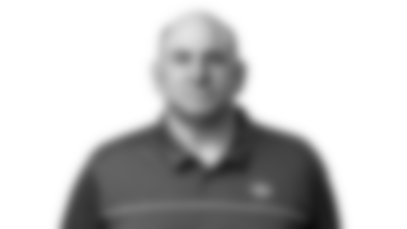 JOHN-BENTON-Headshot