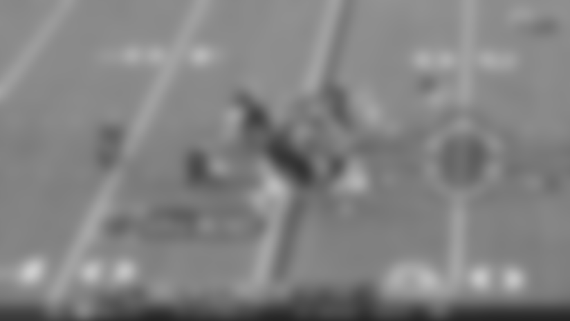 HIGHLIGHT: Eric Reid slices through the line to Alvin Kamara on fourth down