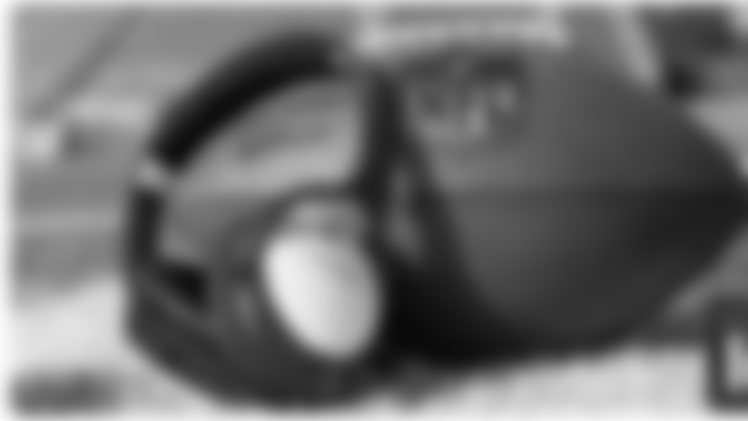 20141215-bose-headphones-graphic-v2.png