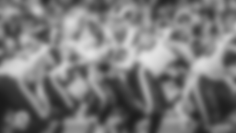 Ofensiva de los Rams toca fondo en derrota contra los Steelers