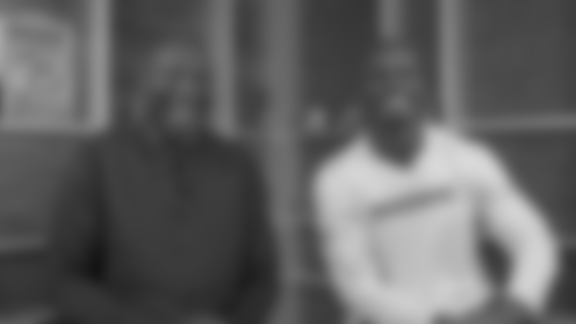 Bud Light 4 O'Clock Club: Adrian Peterson