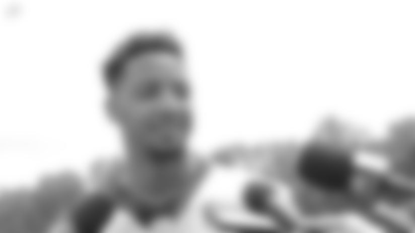 """Josh Doctson: """"A Lot Of These Guys Ask Me Questions And Look Up To Me, I Appreciate That"""""""