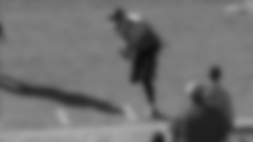 Tajae Sharpe Uses Sharp Footwork on Sideline for Impressive 20-yard Snag
