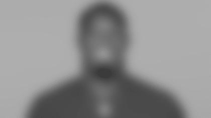 082021-ClintonDix-Headshot
