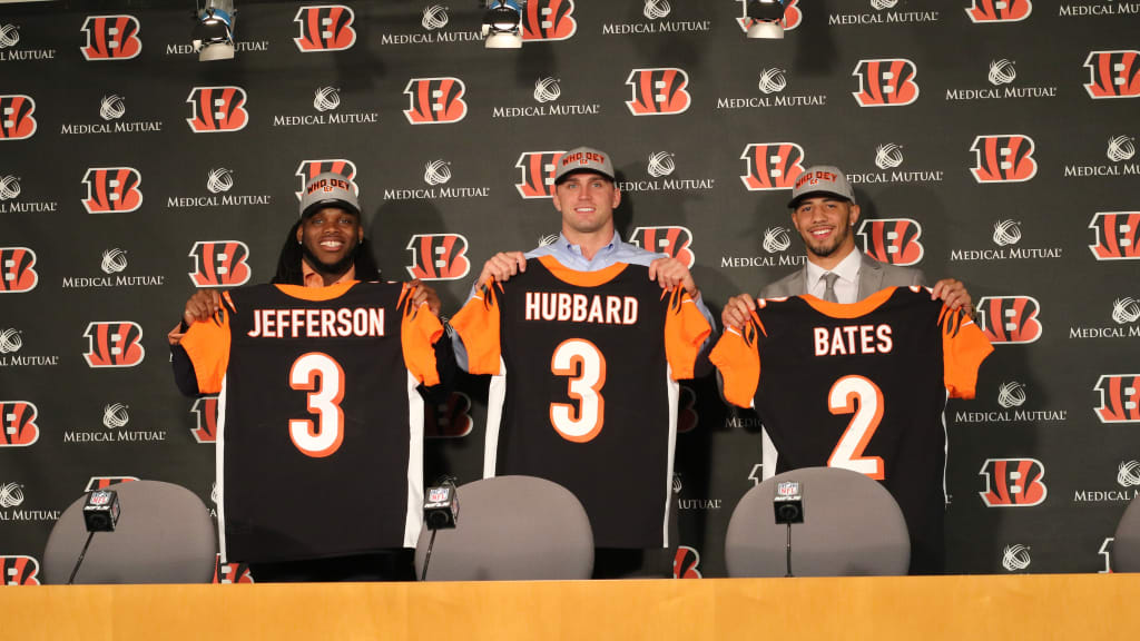Bengals Sign Third-Round Picks Sam Hubbard and Malik Jefferson
