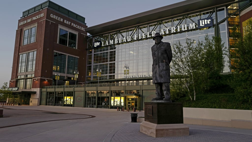 Packers Remind Fans Lambeau Field Stadium Parking Lots Are Closed For Sept 20 Game Vs Lions