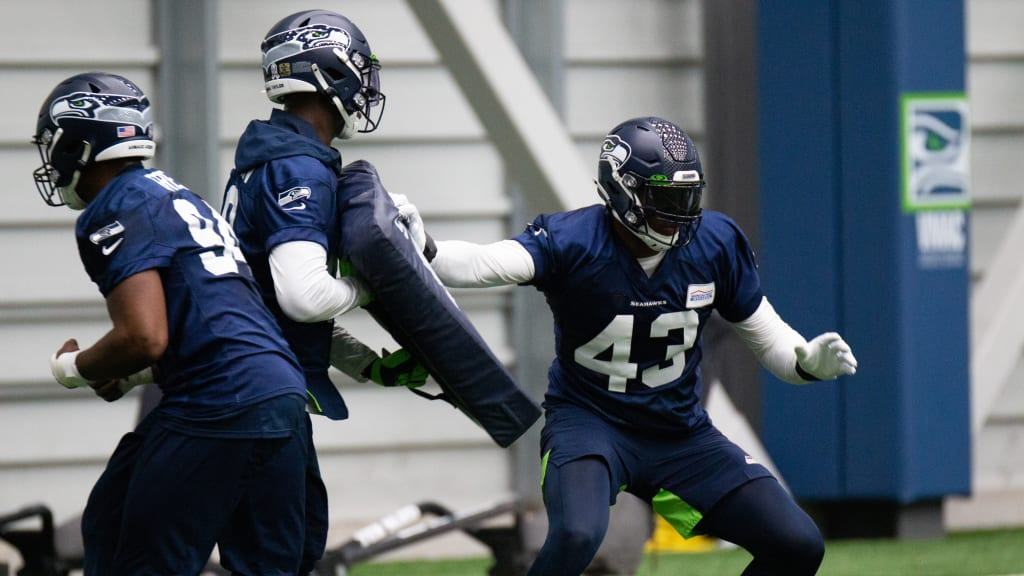 """Trade To Seahawks """"Definitely A Win-Win Situation"""" For Carlos ..."""