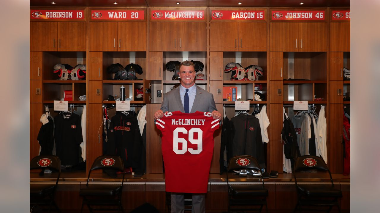 official photos 94557 a5b7b Photos: T Mike McGlinchey Arrives at 49ers HQ
