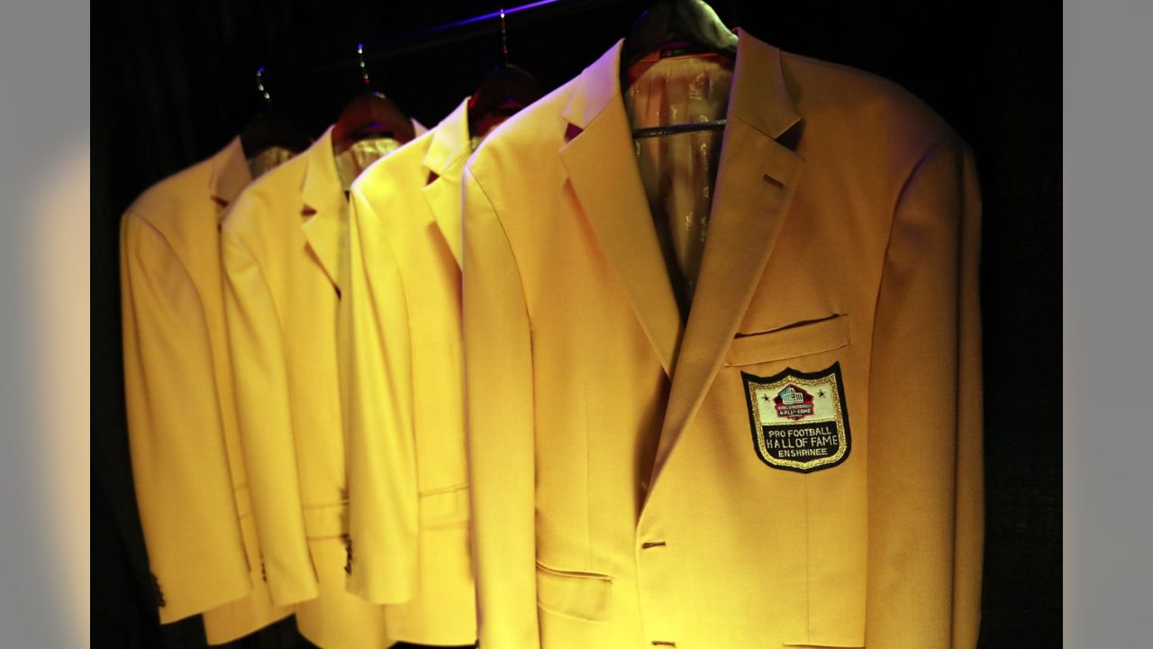 separation shoes ac8ff 367b1 Terrell Davis at the Enshrinees' Gold Jacket Dinner