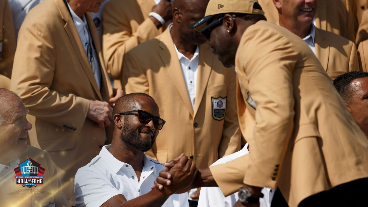 uk availability 3ae38 50be6 Champ Bailey, Bowlen family gather for annual Gold Jacket photo