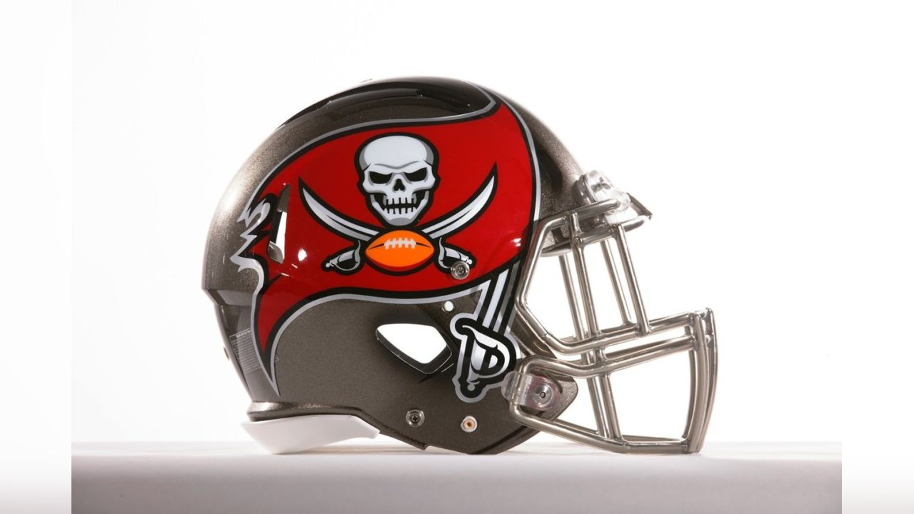 photos buccaneers new helmet photos buccaneers new helmet