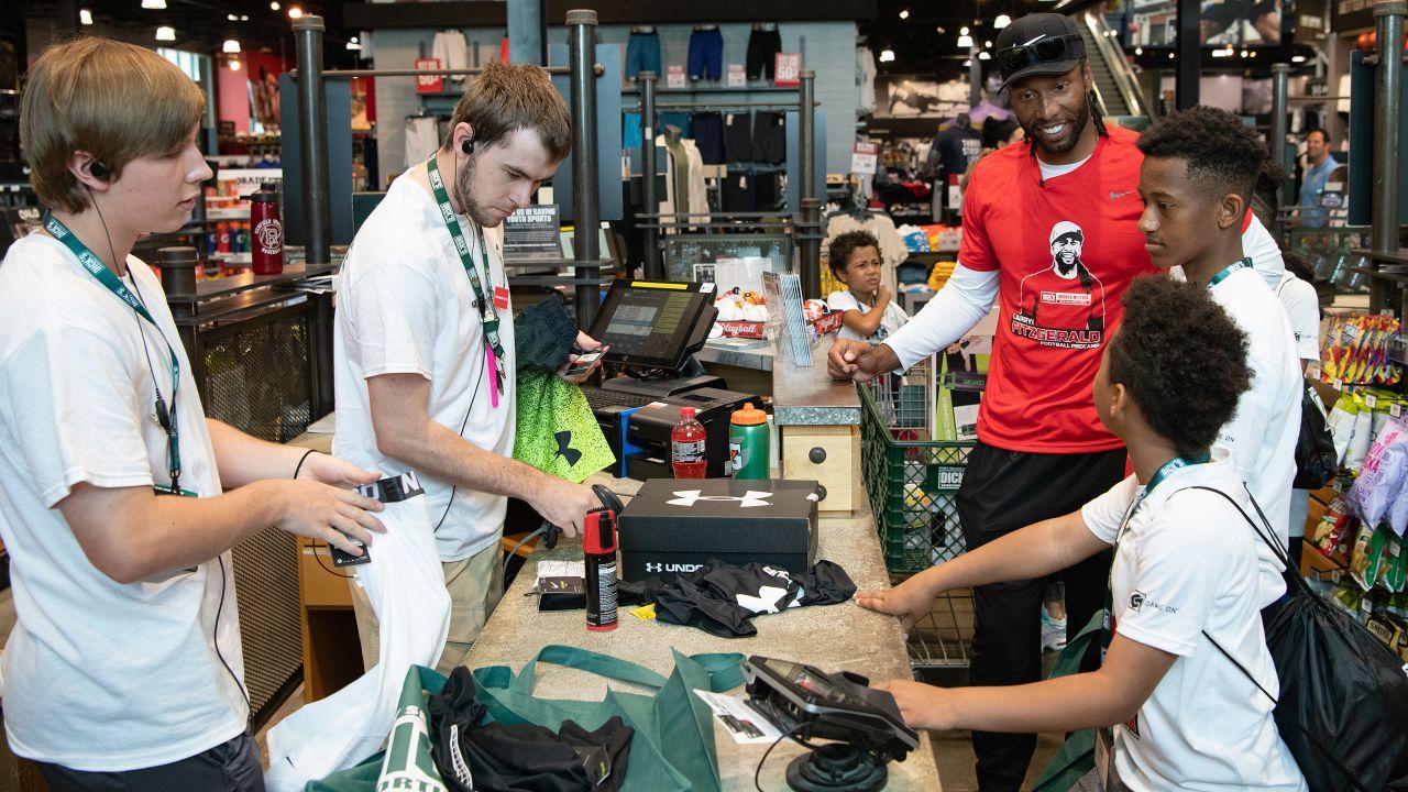 Larry Fitzgerald Hosts Shopping Spree In Minneapolis