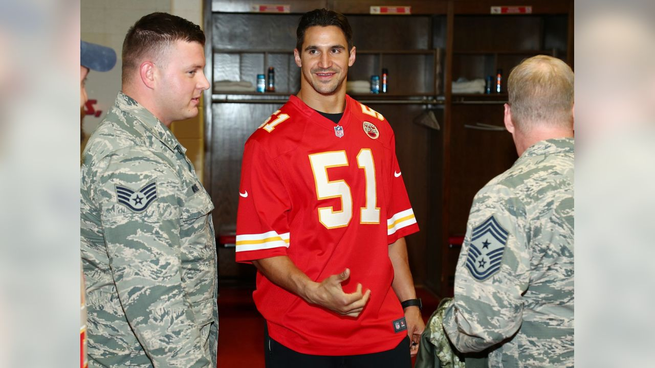 """the latest 046d6 cfc70 Chiefs Surprise Local Military Units with """"Salute to Service ..."""